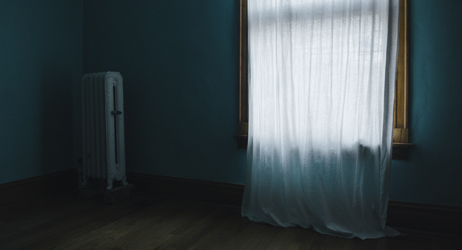 window_radiator_bedroom